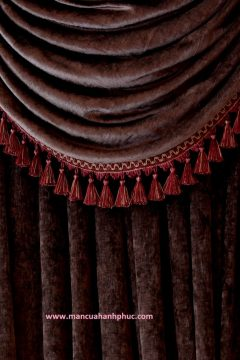 0001441_dark_chocolate_chenille_flip_pole_style